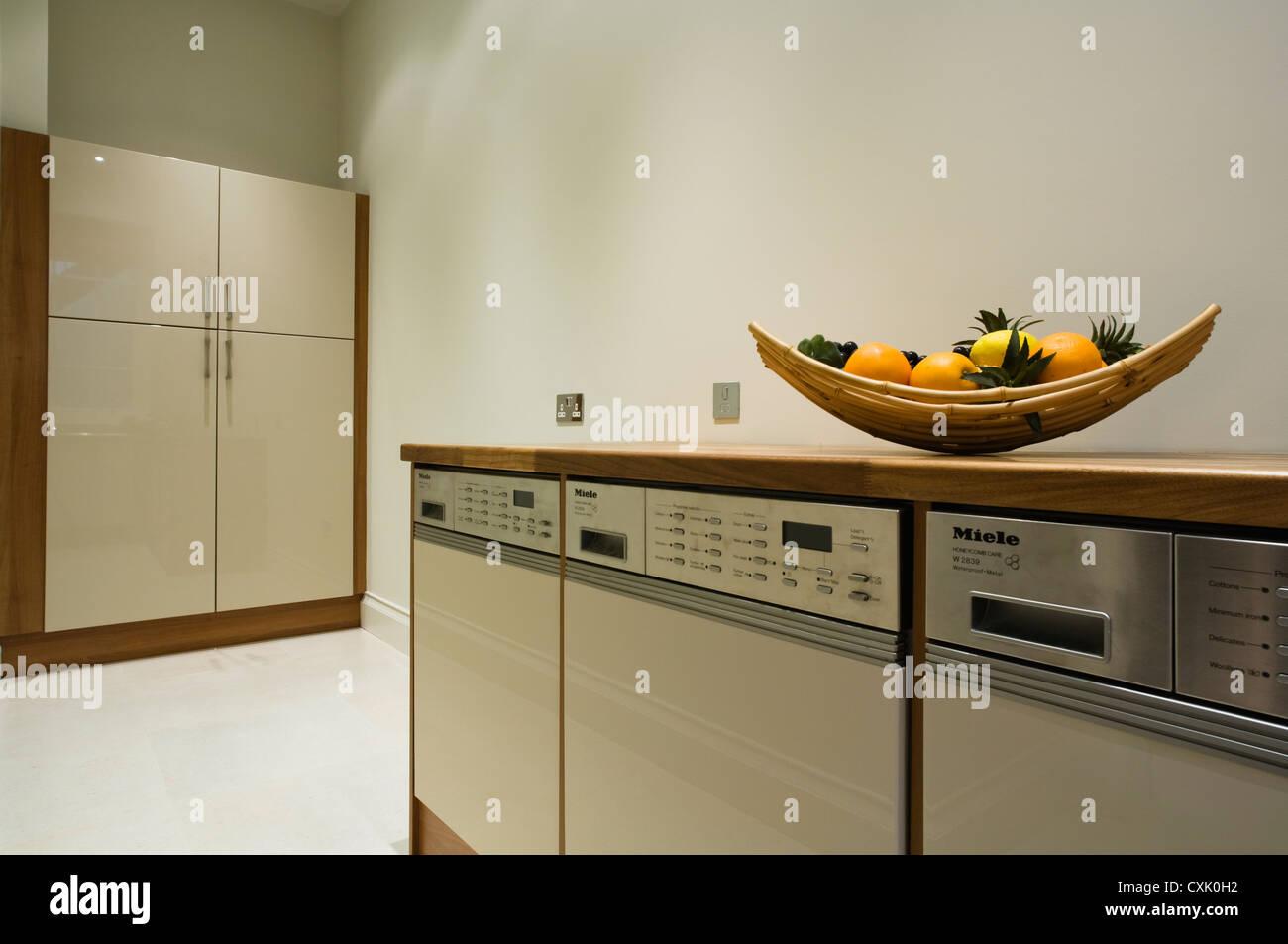 Farbe Innen Kuchenarbeitsplatte Schrank Ausgestattet Einheit