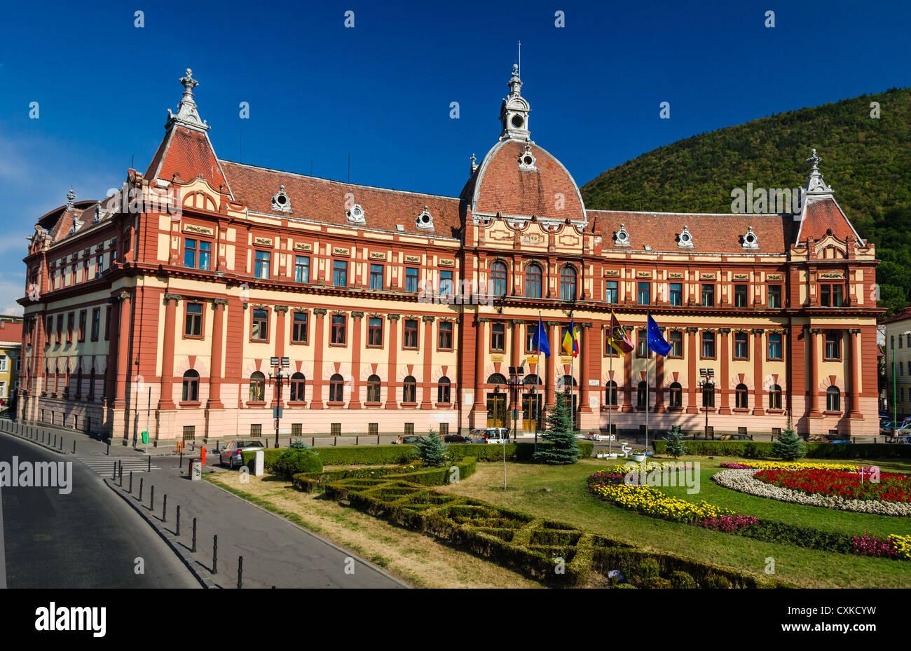 Zentrale Verwaltung Gebäude von Brasov Grafschaft, in Rumänien, neobarocke Architektur Stil des XIX Jahrhunderts. Stockbild