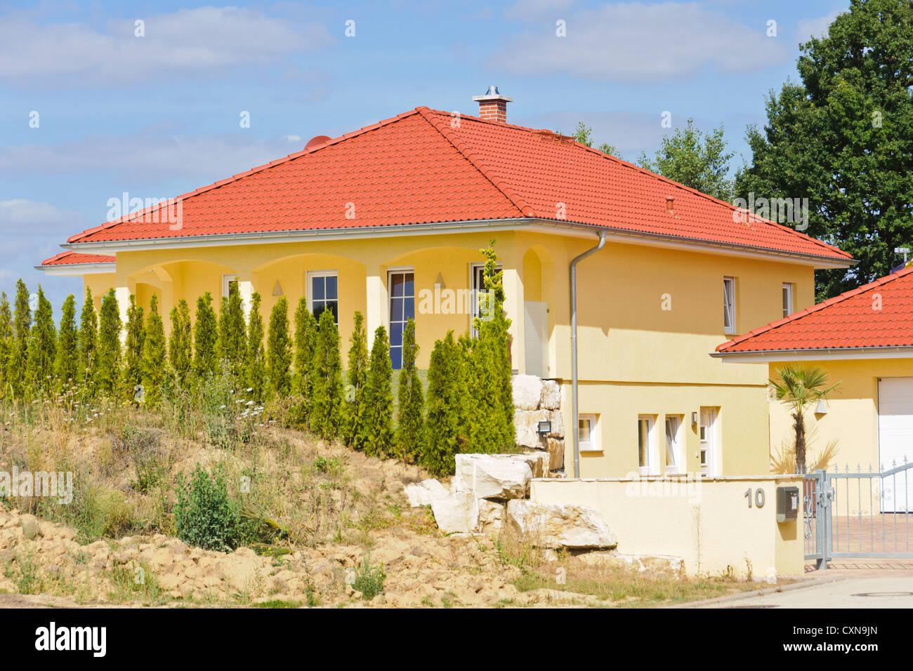 Mediterrane Architektur mediterrane architektur residenz einfamilienhaus mit gefliesten rot