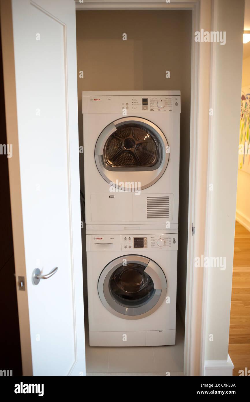waschmaschine herstellung stockfotos waschmaschine. Black Bedroom Furniture Sets. Home Design Ideas