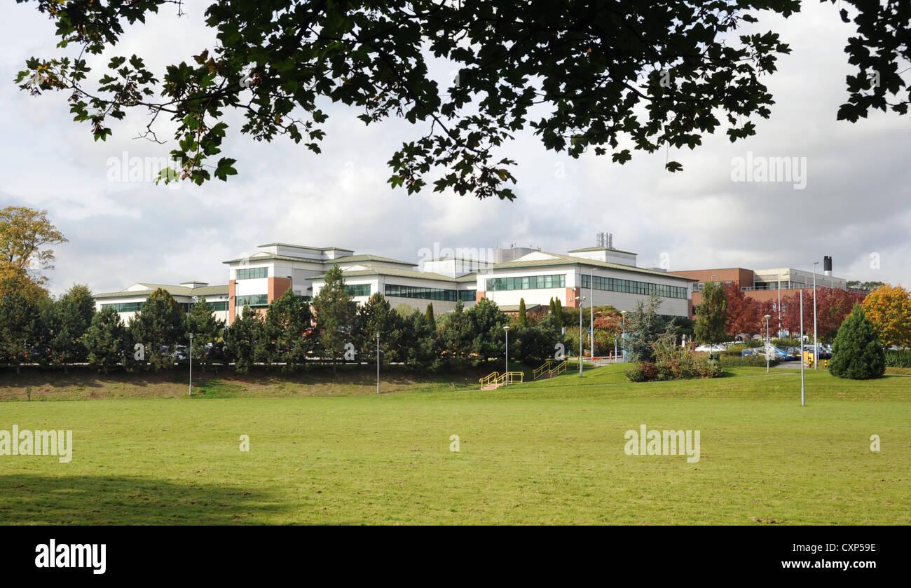 EINE AUßENANSICHT DES STAFFORD GENERAL HOSPITAL AUF WESTON ROAD STAFFORD, STAFFORDSHIRE ENGLAND UK Stockbild