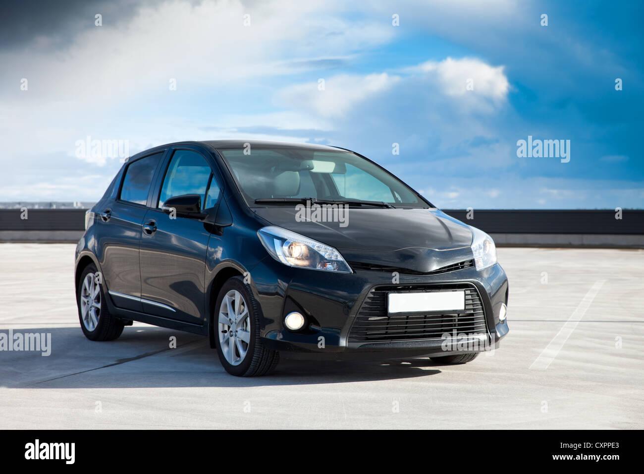 Moderne klein Familienauto, Hybrid-Technologie Stockbild