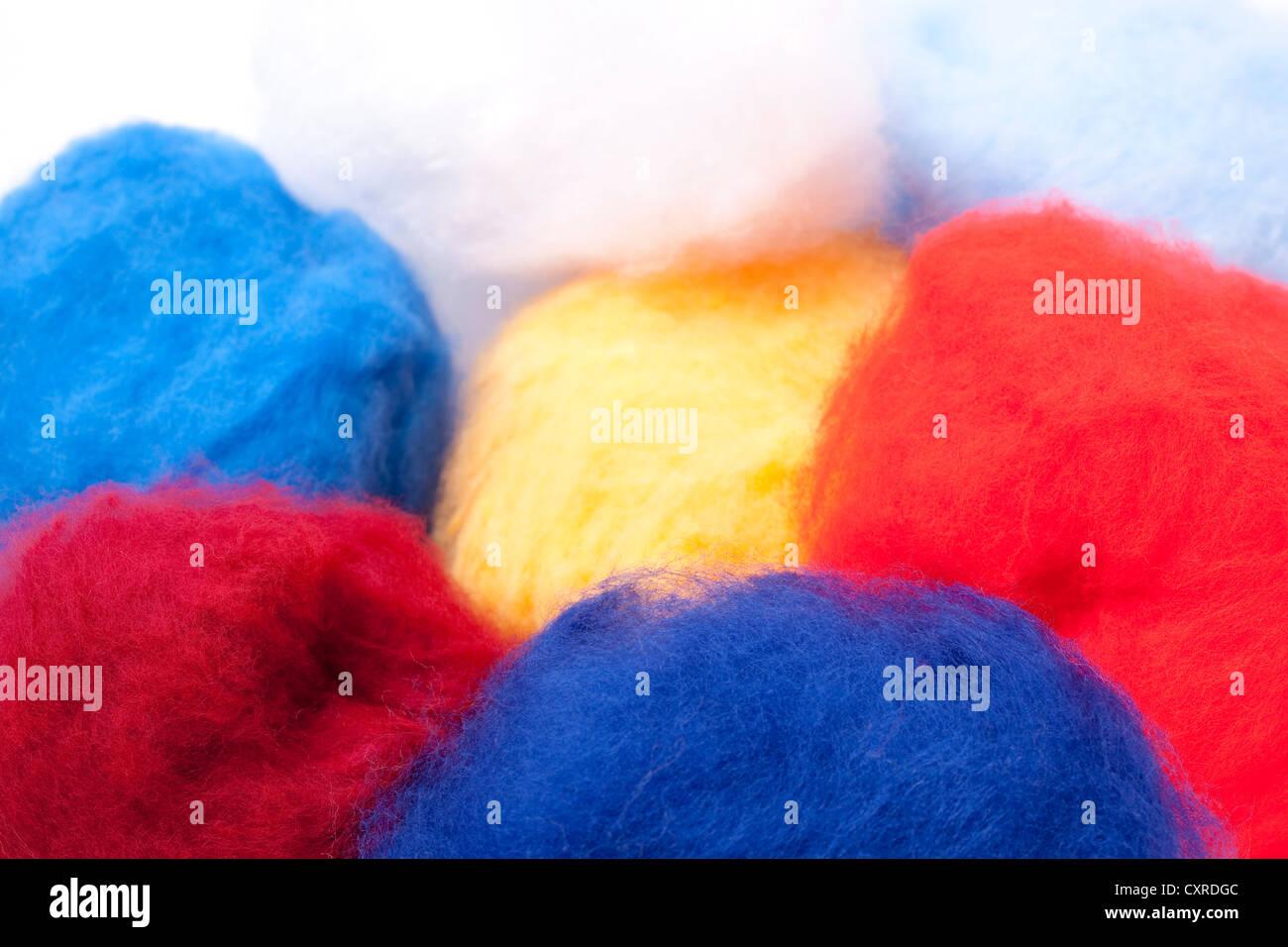 Multicoulored Viskosefasern zur Herstellung von Bekleidung Stockbild