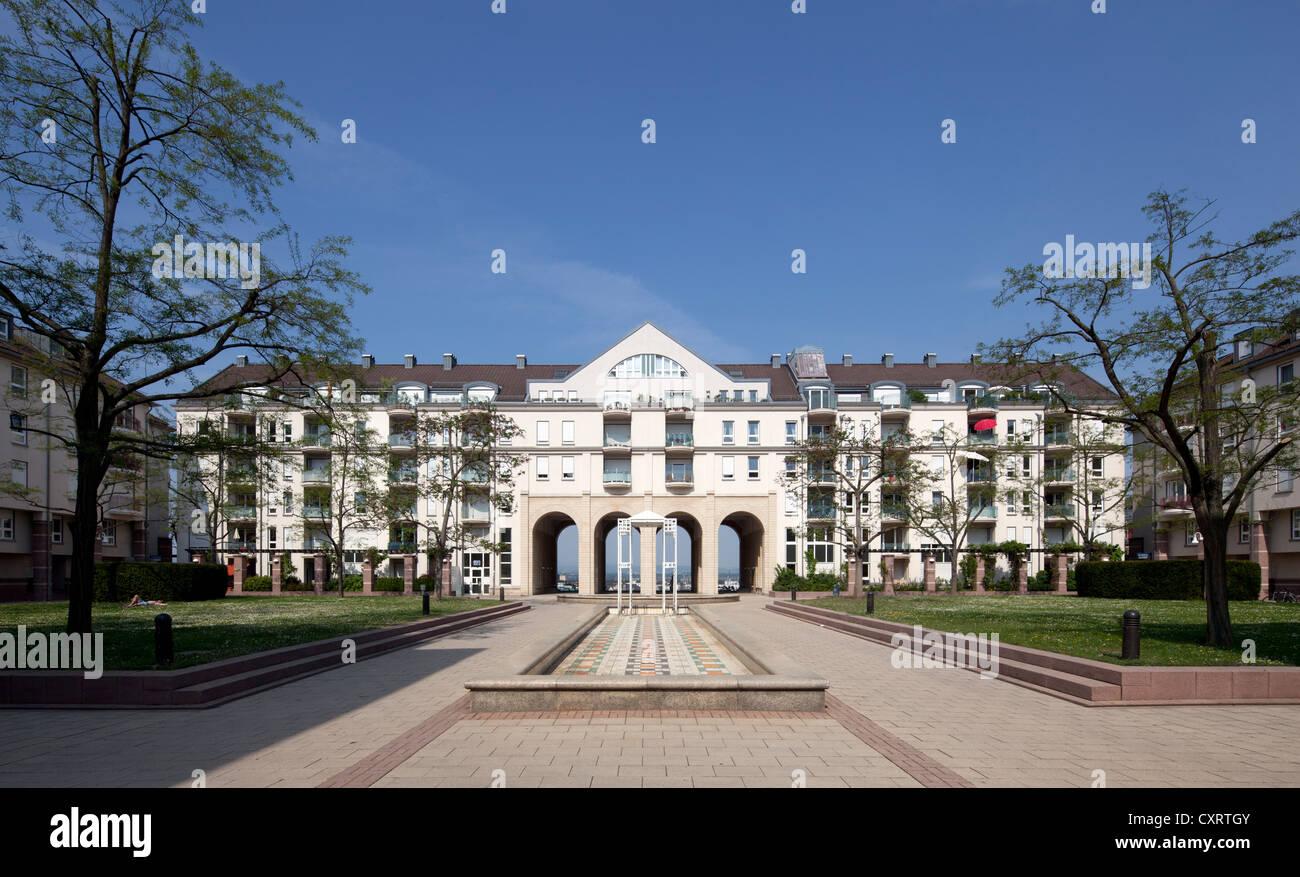 Auf Dem Kaestrich Wohnanlage, Postmoderne, Mainz, Rheinland-Pfalz, PublicGround Stockbild