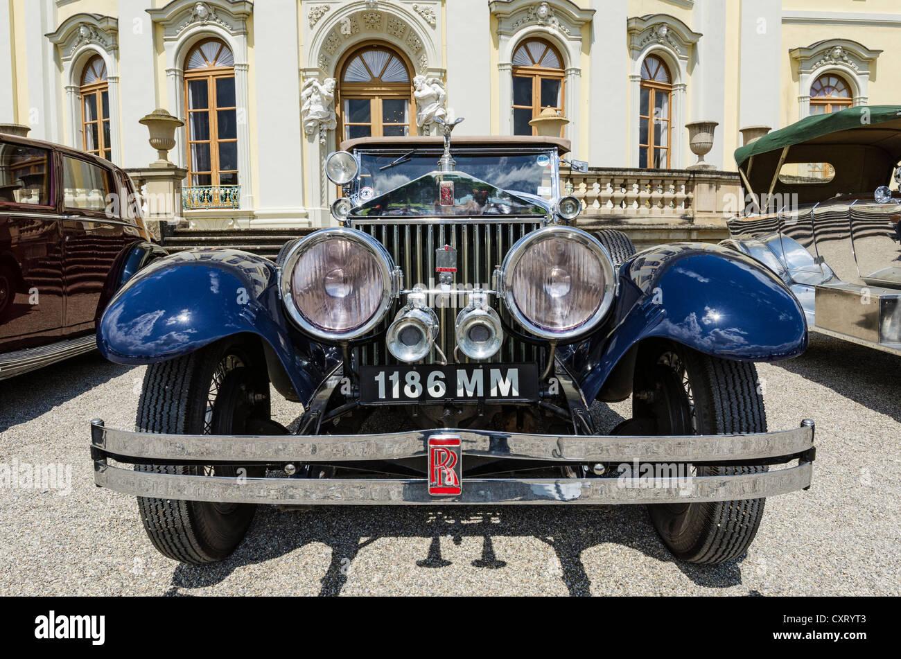 Vorderansicht des Rolls-Royce Oldtimer, Classics meets Barock Oldtimer Treffen, Schloss Ludwigsburg, Regierungsbezirk Stockbild
