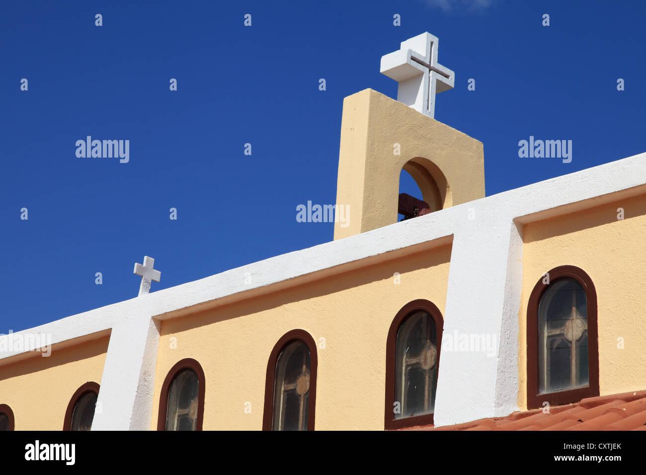 Detailansicht der Kirche im Hafen von Agios Nikolaos Kreta Griechenland Stockbild