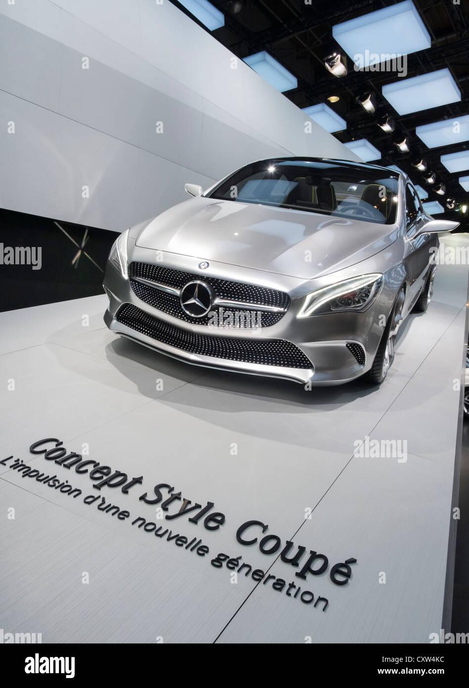 Neue Mercedes Benz Konzept Style Coupé auf dem Display auf der Paris Motor Show 2012 Stockbild