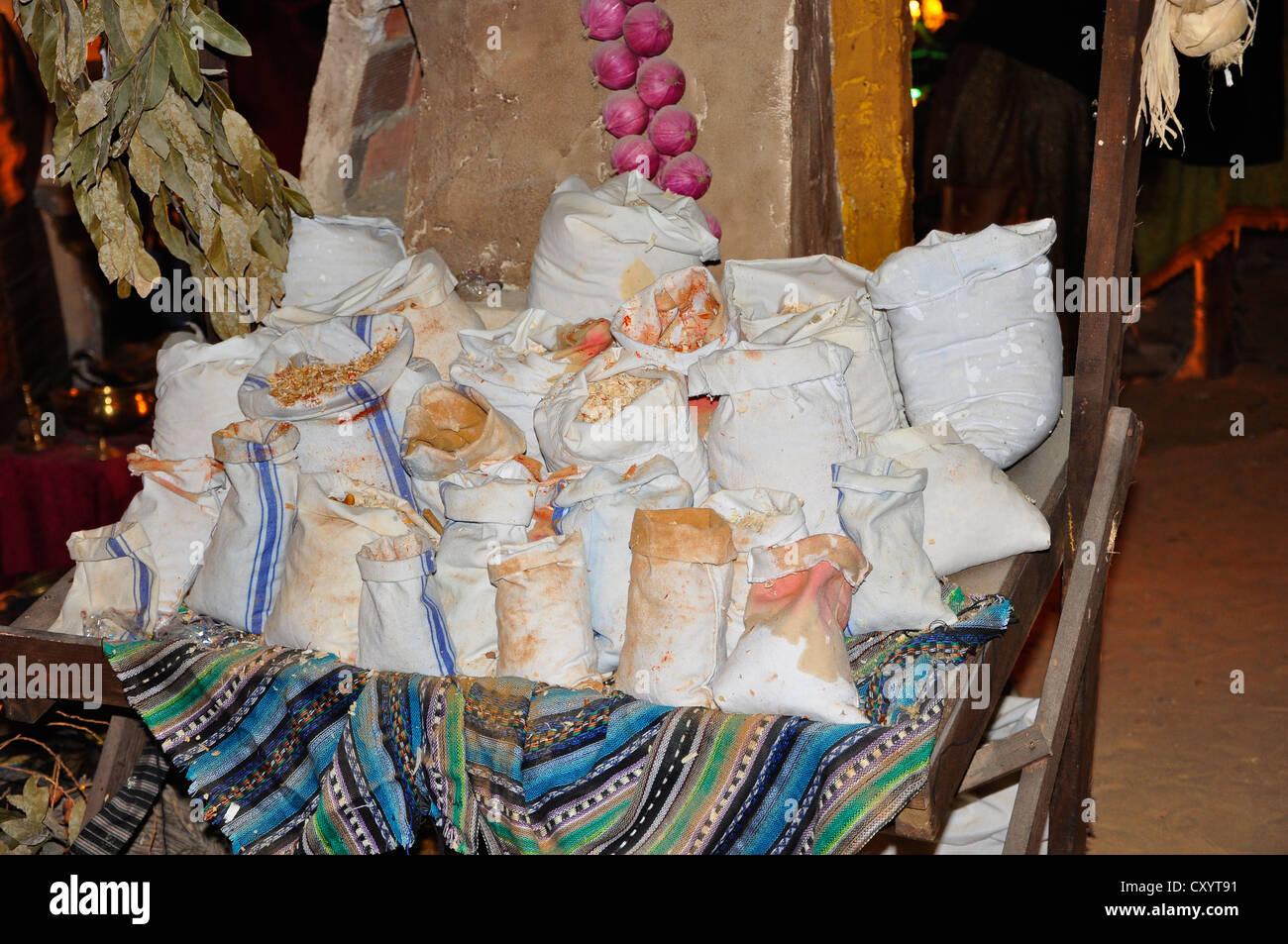 Dekoration Weihnachtsszenen, mischen die Taschen von Lebensmitteln ...