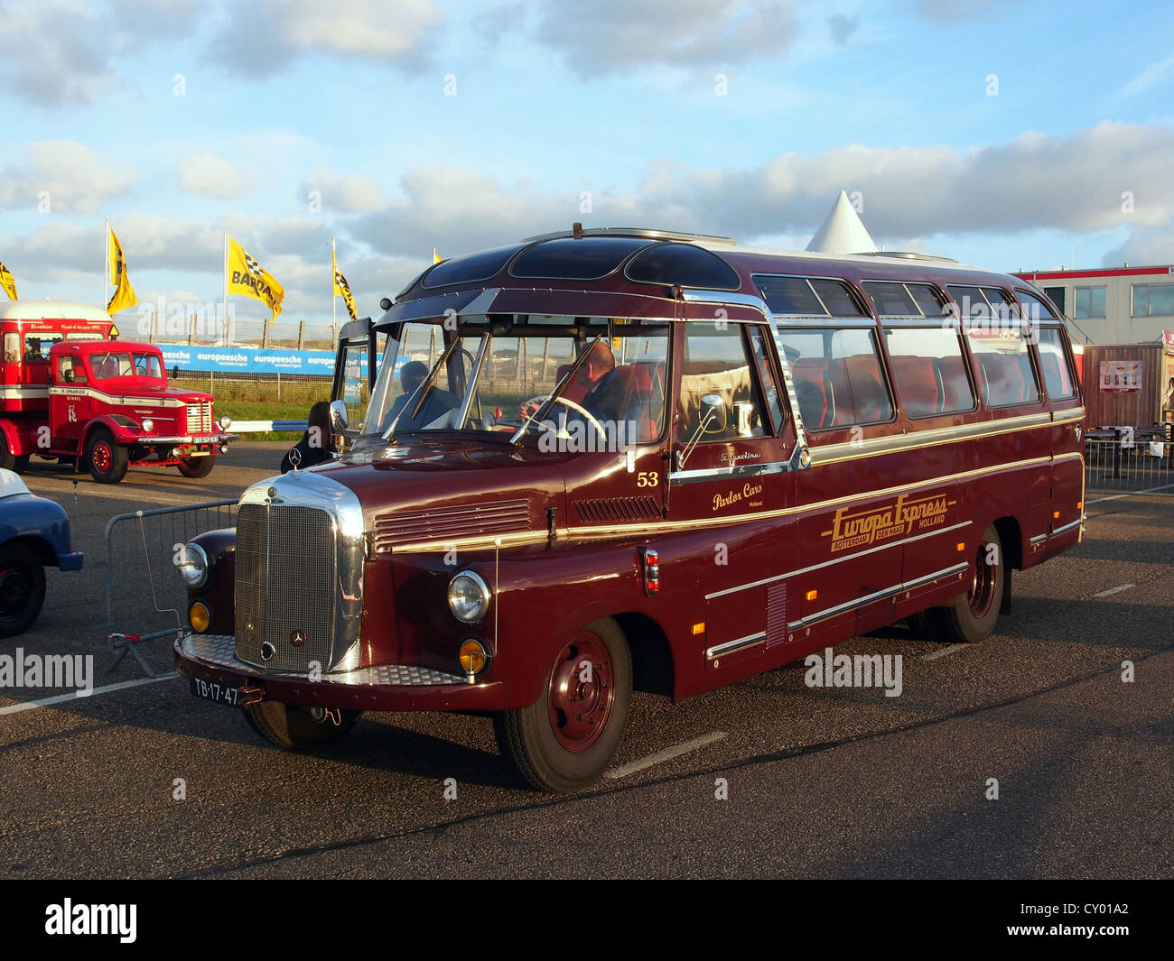 1959 mercedes benz l312slash48 oldtimer bus stockfoto. Black Bedroom Furniture Sets. Home Design Ideas