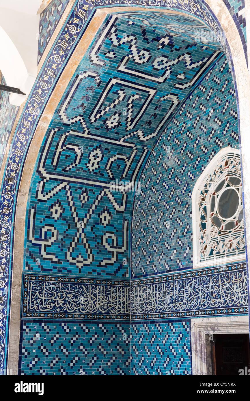Detail der fliesen mosaik gefliest kiosk t rkisch inili - Mosaik fliesen turkis ...