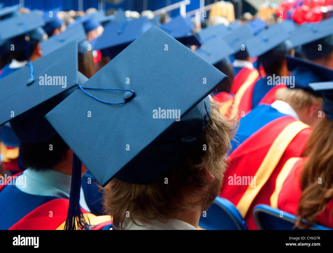 College Graduation Hats Stockfotos & College Graduation Hats Bilder ...