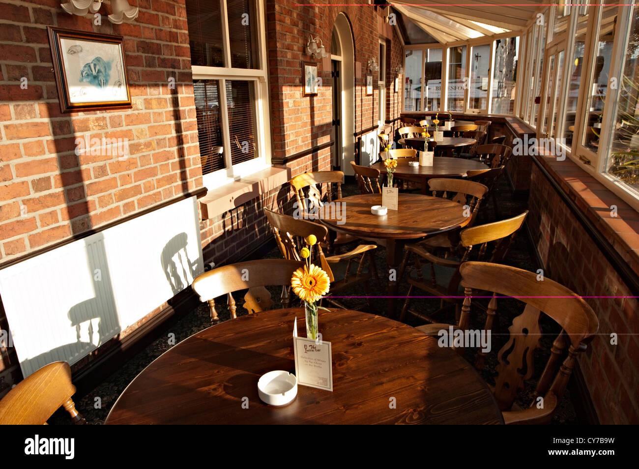 Interior Pub Bar Counter Stockfotos & Interior Pub Bar Counter ...