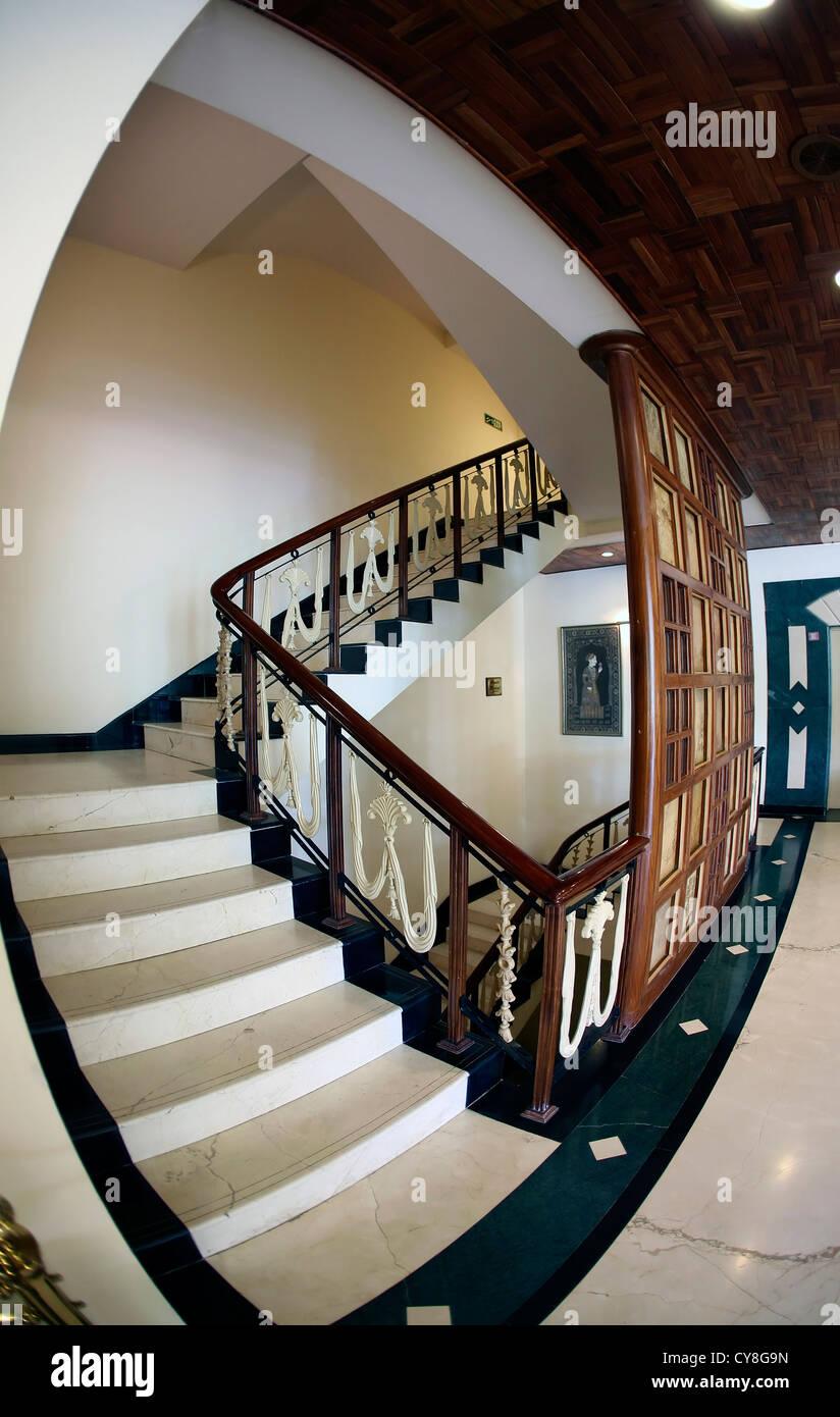 Schöne, moderne, Treppe, Interieur, Schritte, Architektur, Hand ...