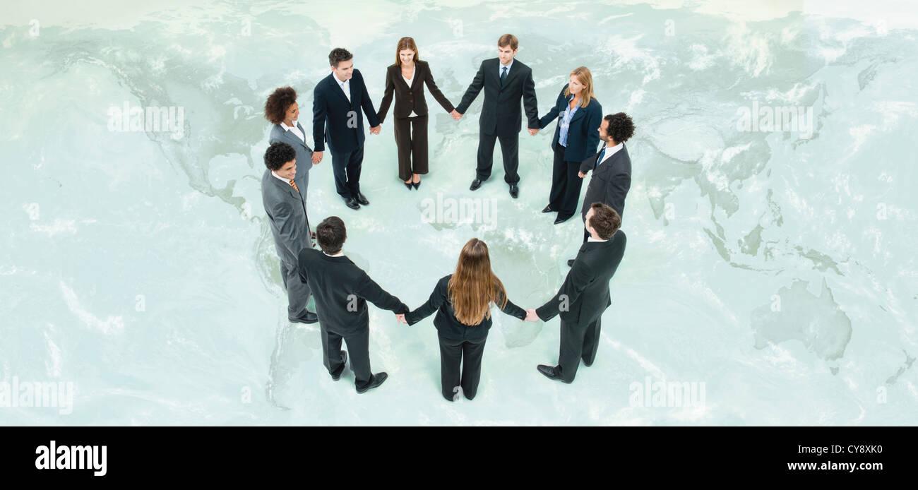 Globale Wirtschaft zusammenarbeiten, um weitere gemeinsame Ziele Stockbild