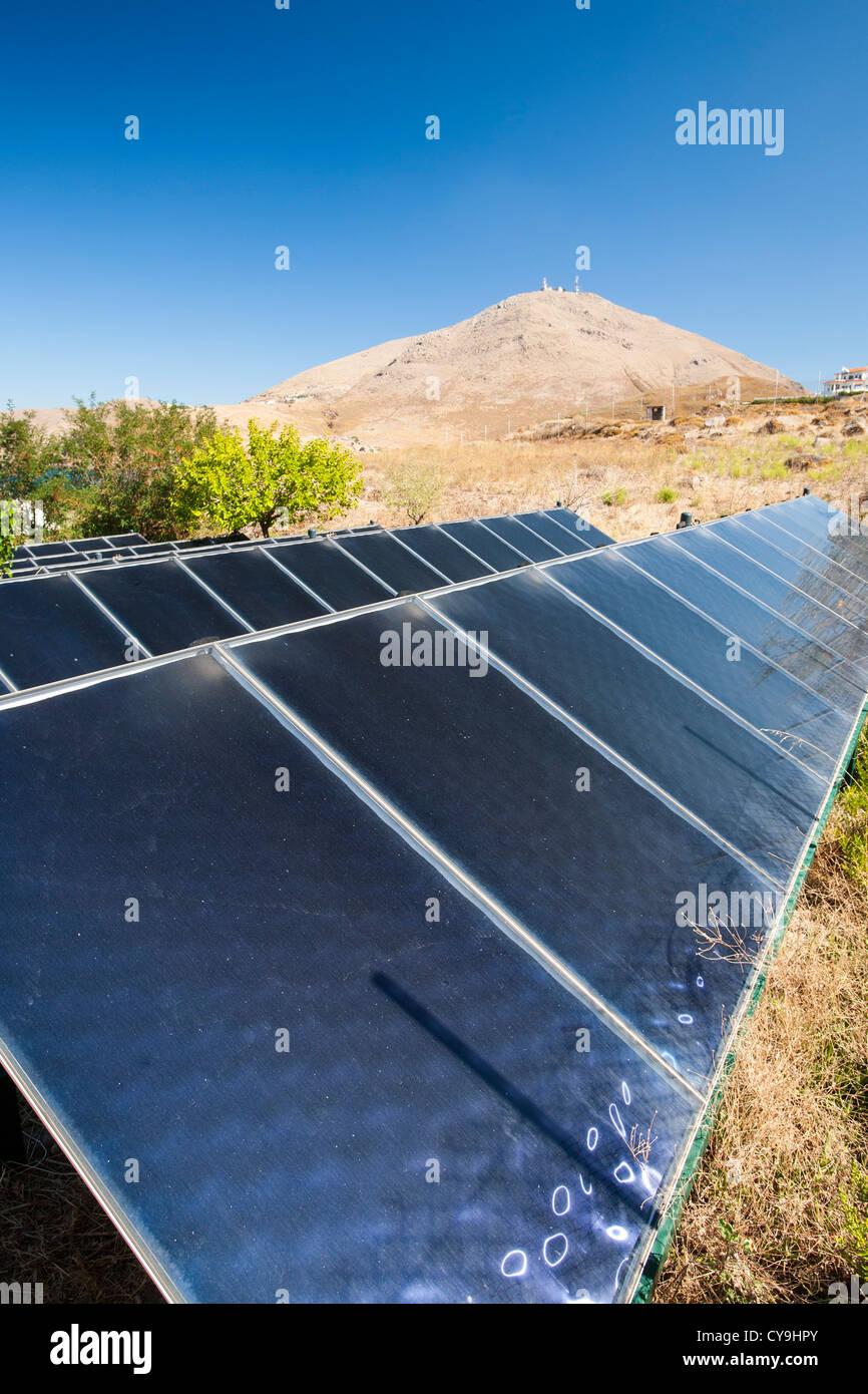 Wonderful Thermische Sonnenkollektoren Heizen Von Wasser Für Eine Ferienanlage In  Myrina Lemnos, Griechenland. Stockbild