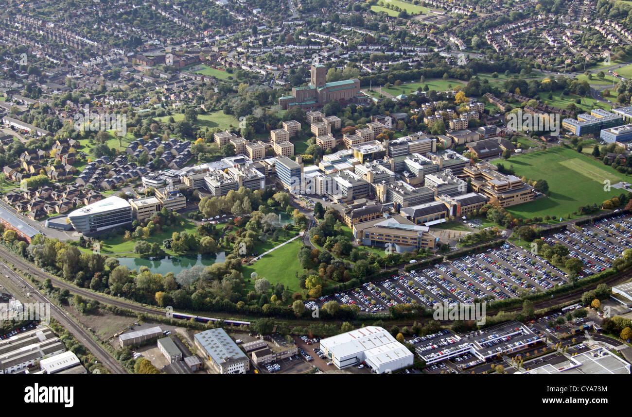Luftbild von der University of Surrey, Guildford Stockbild