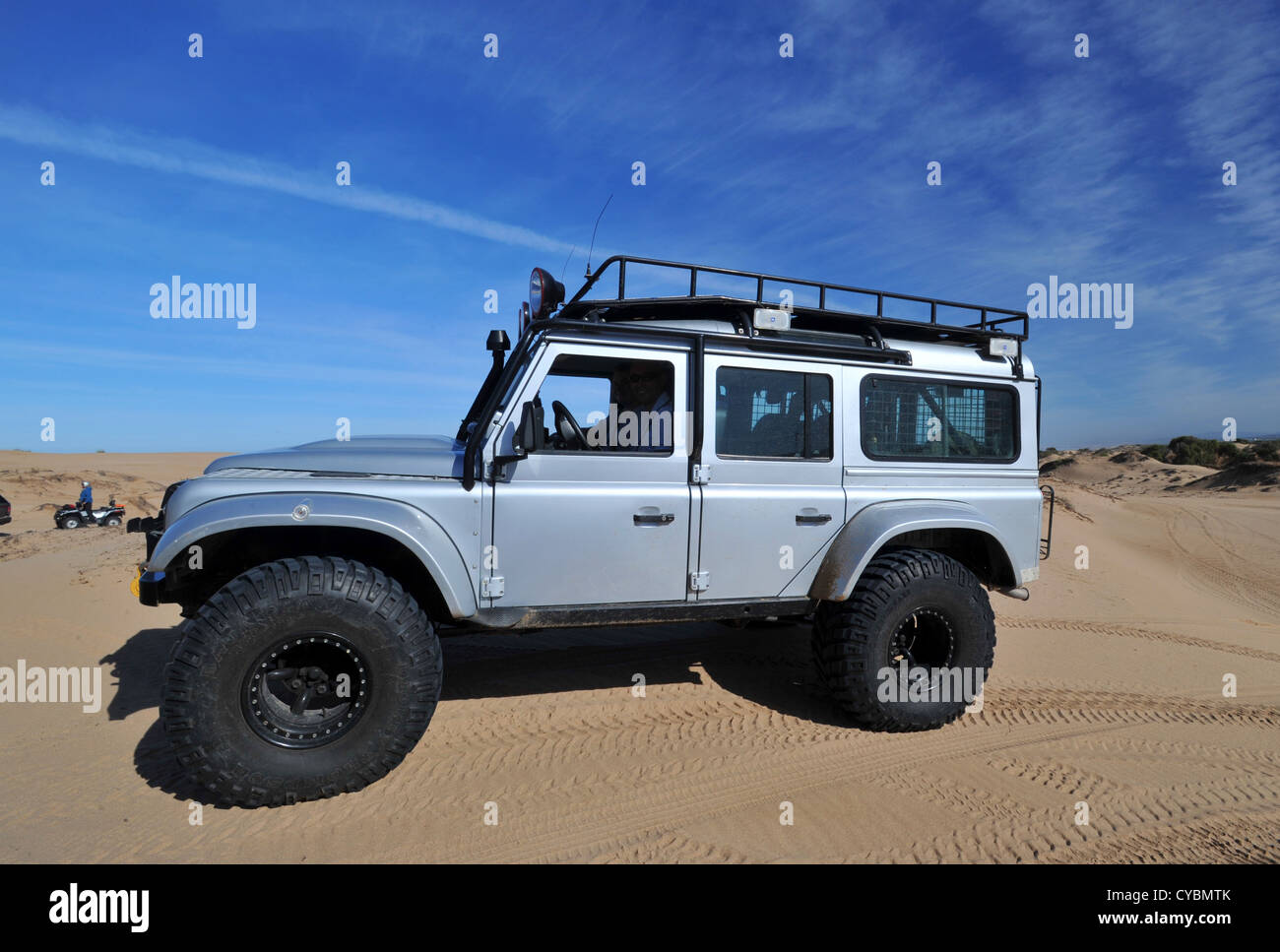 Off Road Expedition vorbereitet 2012 Land Rover Defender ...