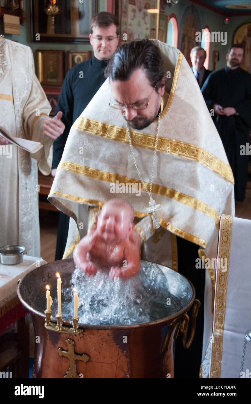 Taufe Eines Kindes In Eine Russisch Orthodoxe Kirche