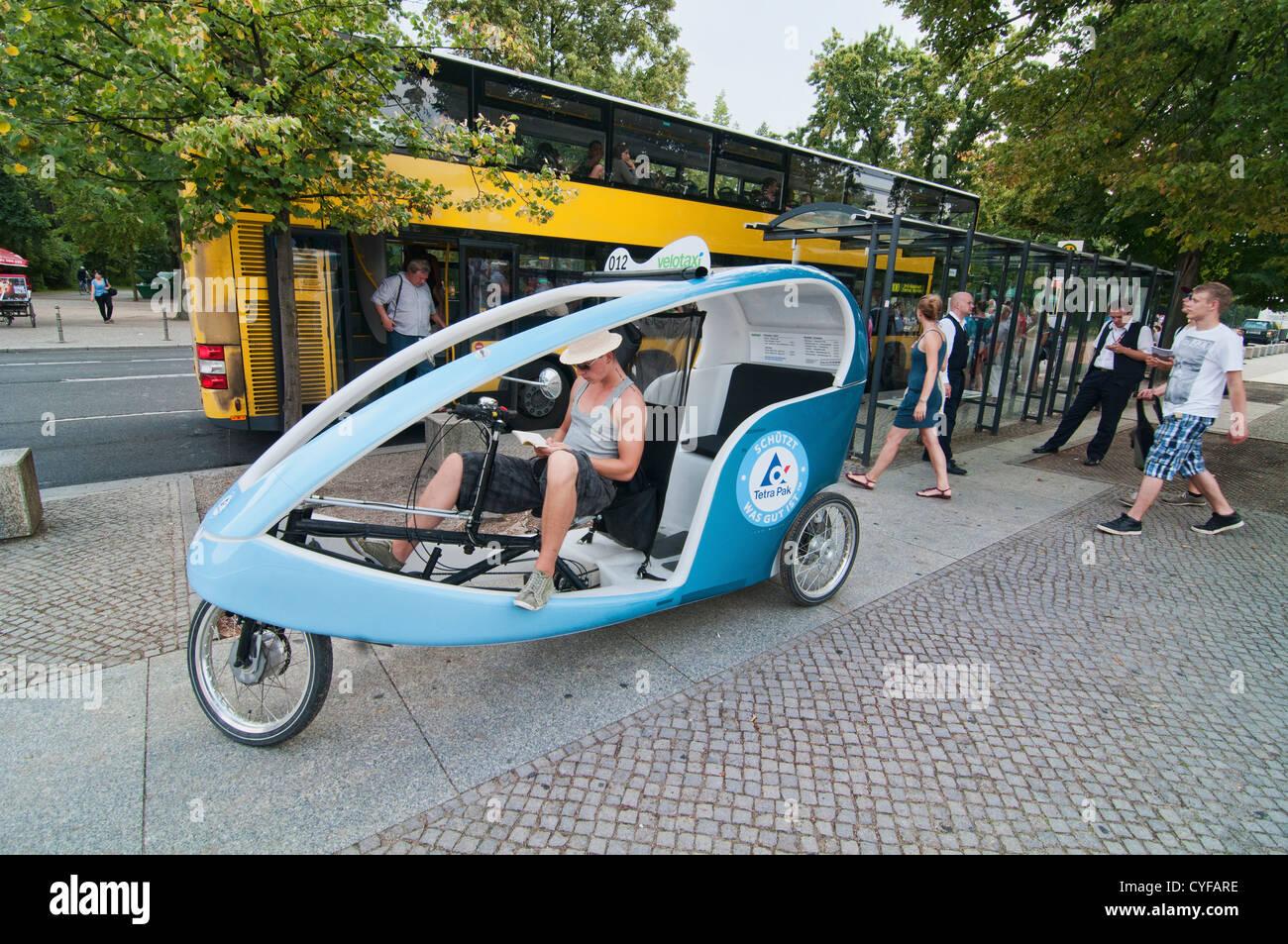 Alternative Verkehrsmittel in Berlin, Deutschland Stockbild