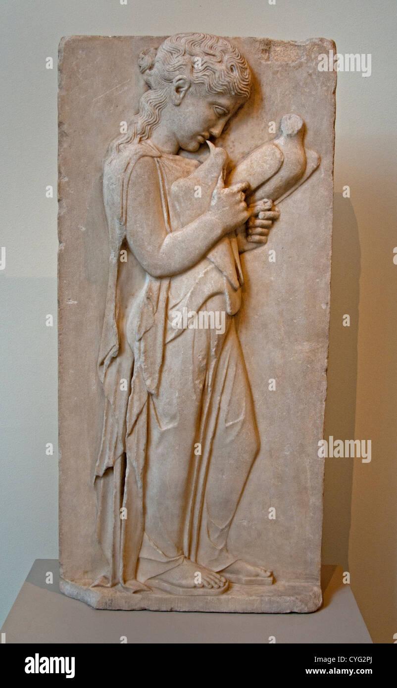 Marmor Grabstele kleines Mädchen klassische 450 ? 440 v. Chr. griechische 80 cm der sanften Schwerkraft das Stockbild