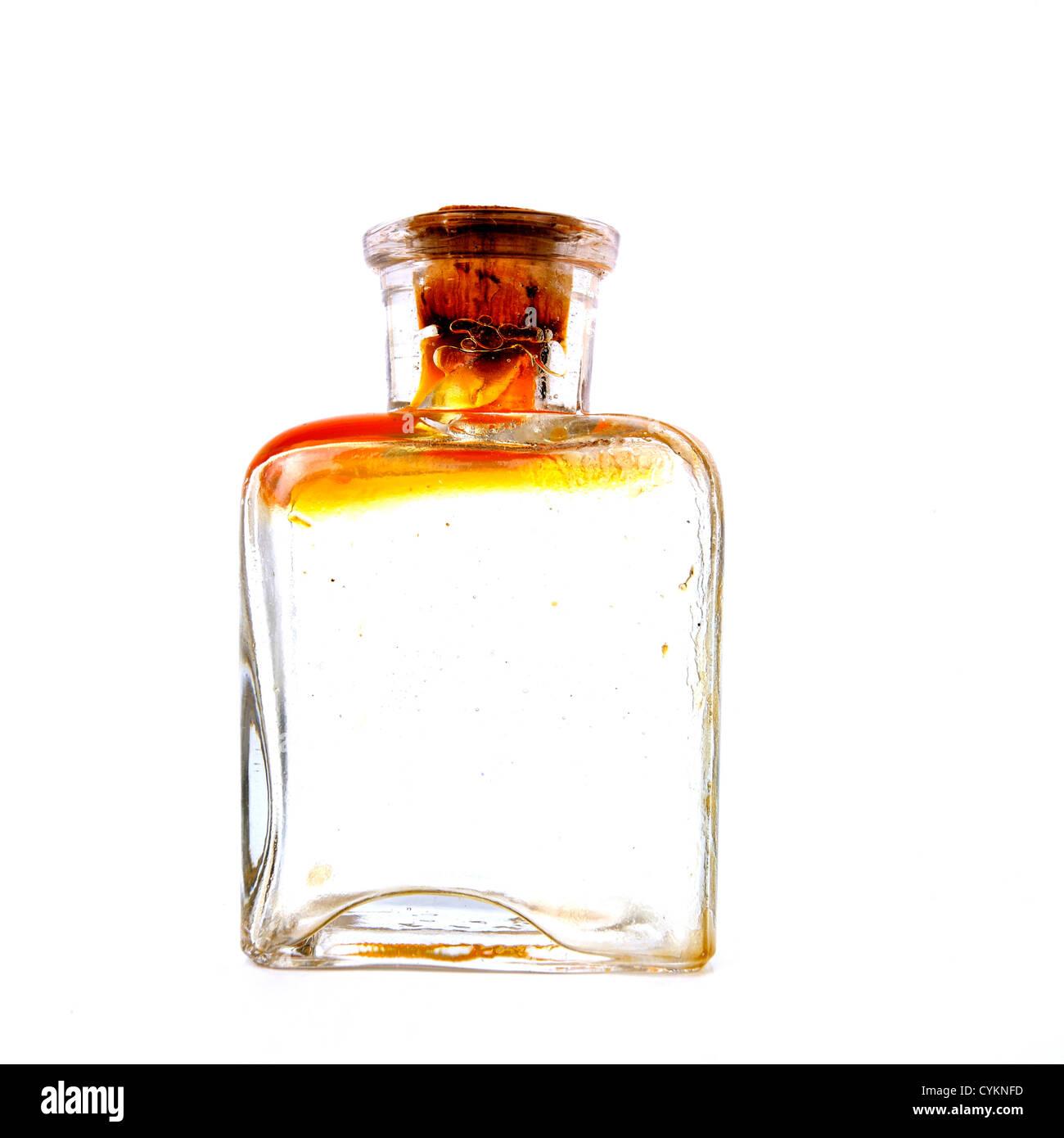 Alte Glasflasche mit Kork. Stockbild