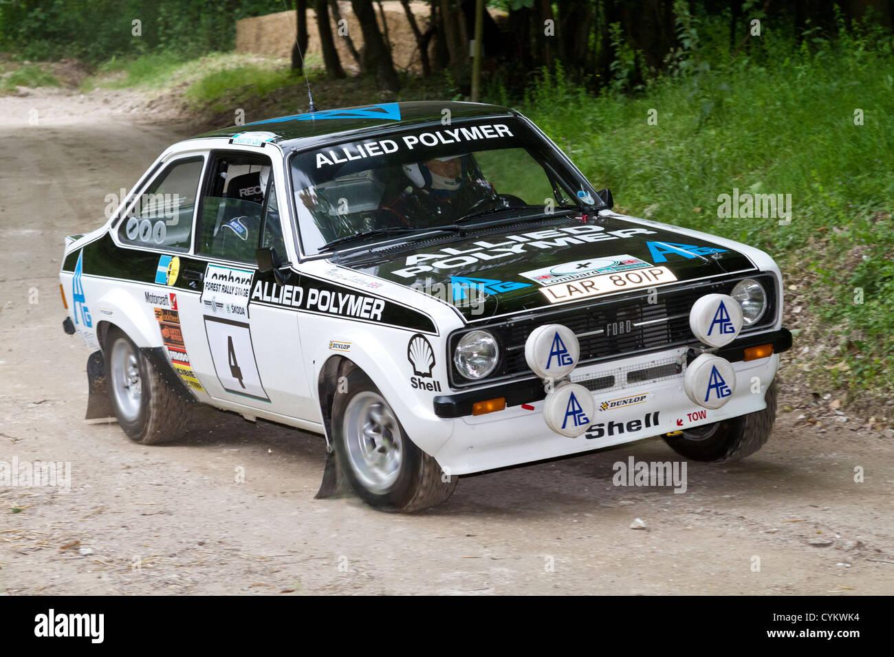 1975 ford escort mk2 rs1800 rallye auto mit fahrer david watkins auf die 2012 goodwood festival