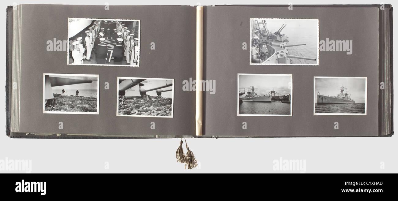 Ein Fotoalbum für die Schwere Kreuzer Deutschland, ausländische Reise 1937 mit dem Einsatz der Legion Stockbild