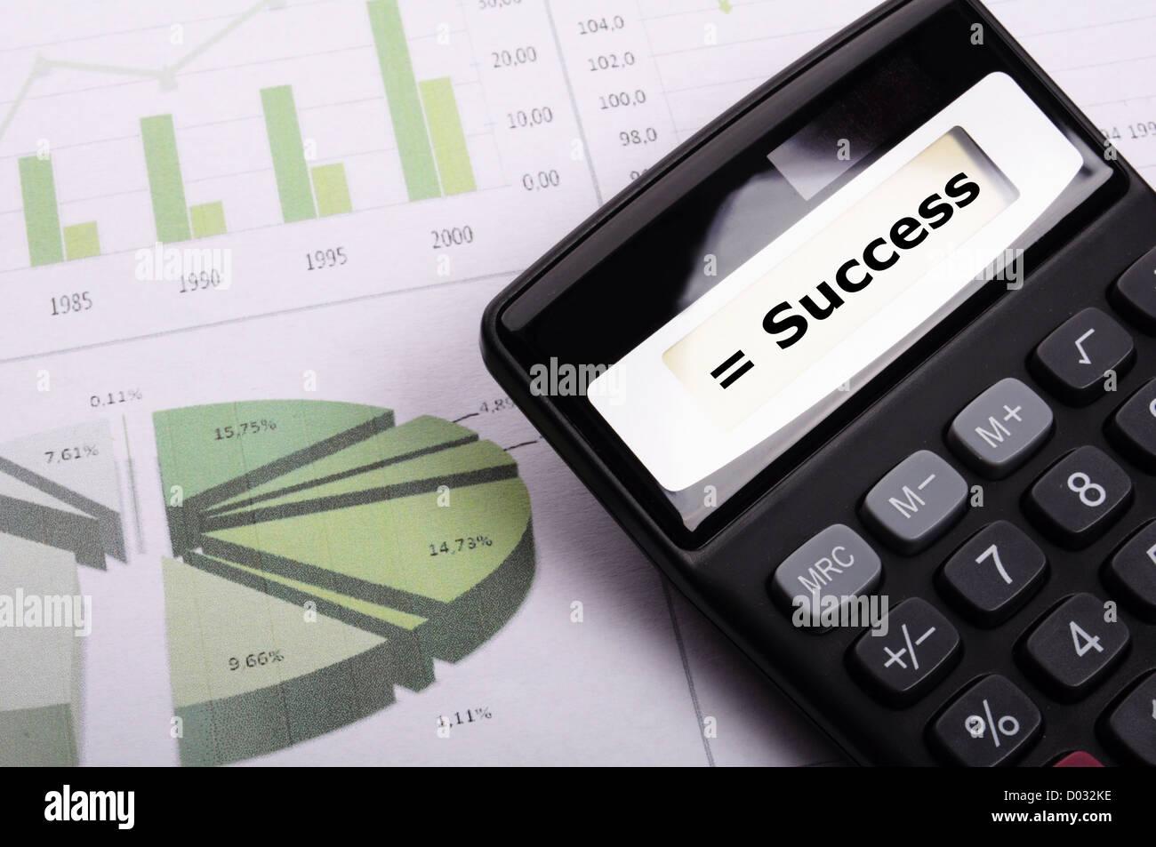 Erfolgskonzept mit Word auf Business-Rechner Stockbild