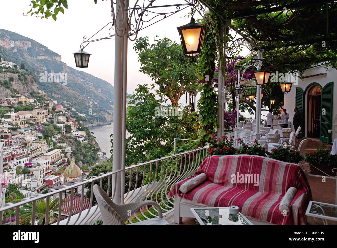 Abends Blick Auf Positano Von Einer Terrasse Hotel Poseidon