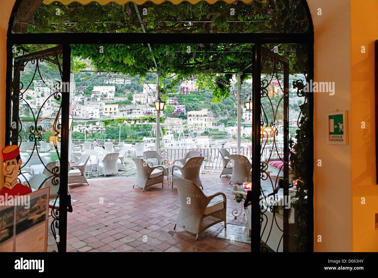 Terrasse Unter Einem Spalier Hotel Poseidon Positano Kampanien