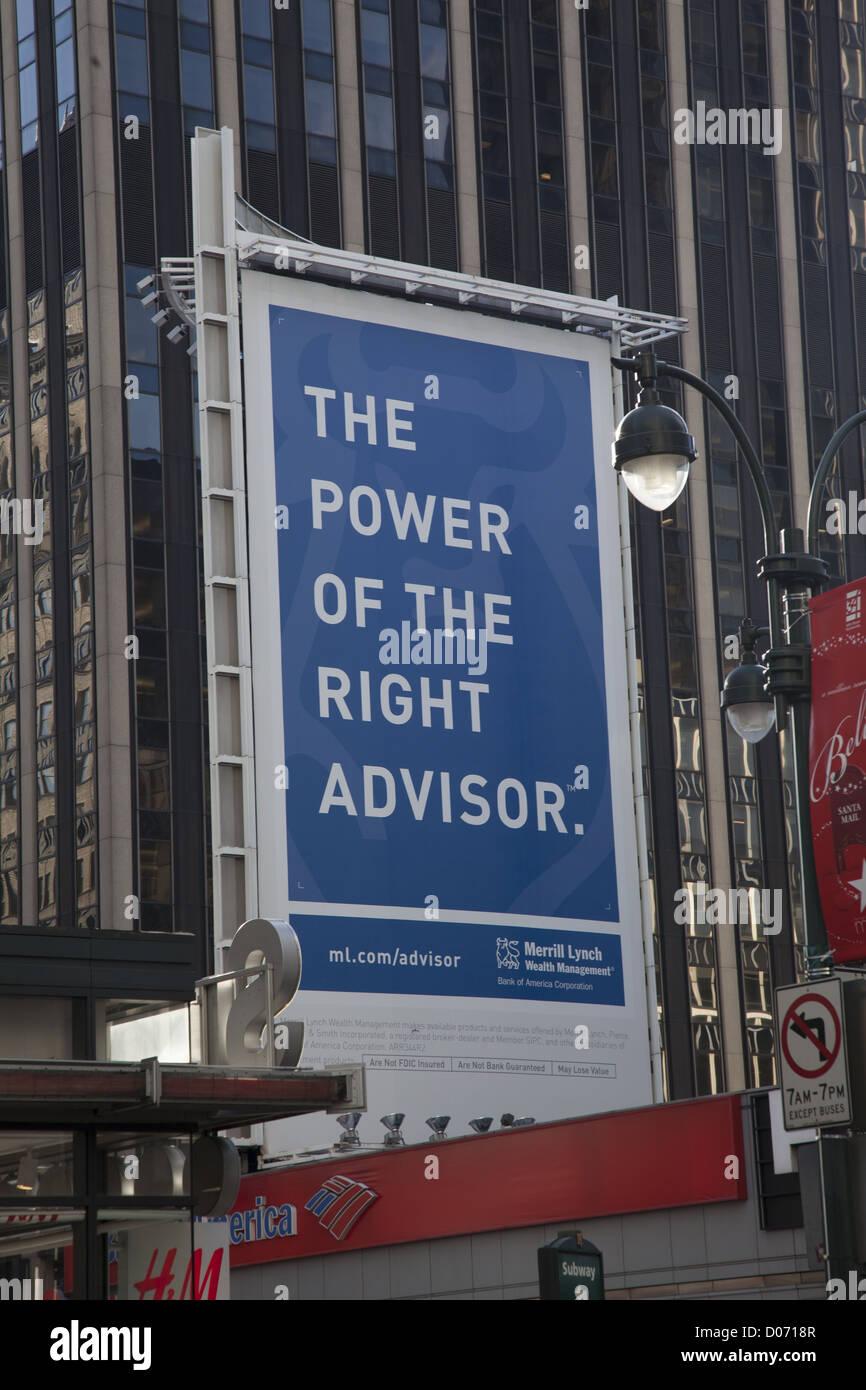 Anzeige für Finanzberatung von Merryl Lynch/Bank of America in Times Square, New York. Stockfoto