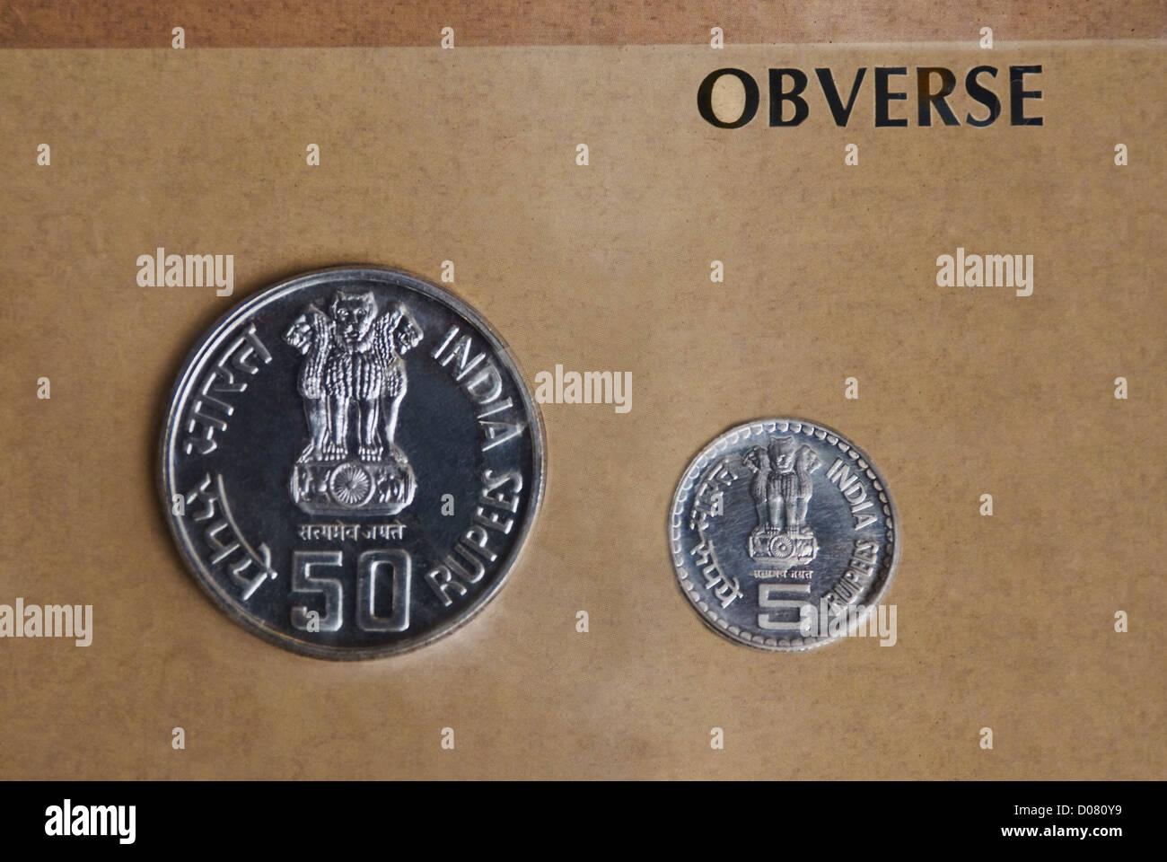 Indische Rupie Münzen Stockfotos Indische Rupie Münzen Bilder Alamy