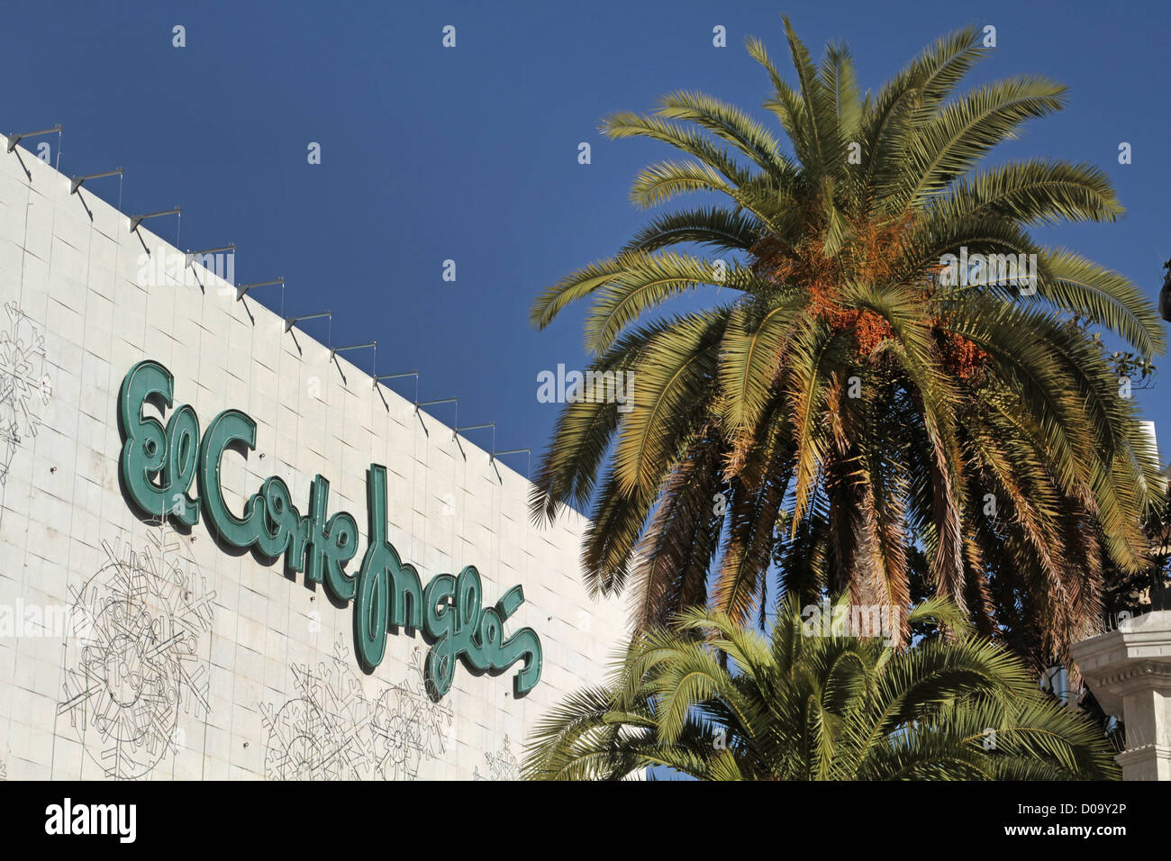 KAUFHAUS EL CORTE INGLES SEVILLA ANDALUSIEN SPANIEN Stockbild