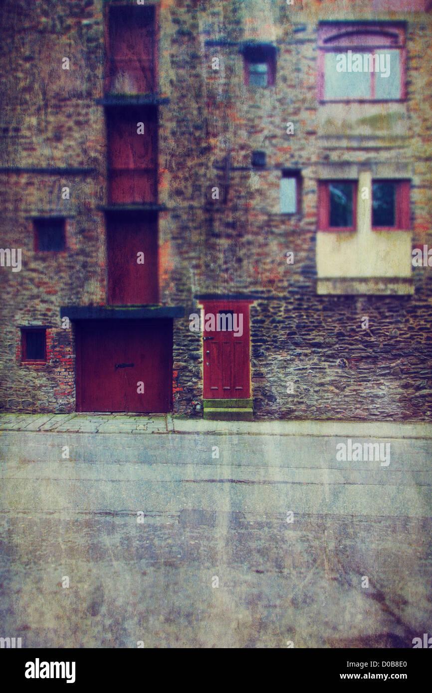 Alten Steinfassade Lagerhaus in Bristol, Großbritannien Stockbild