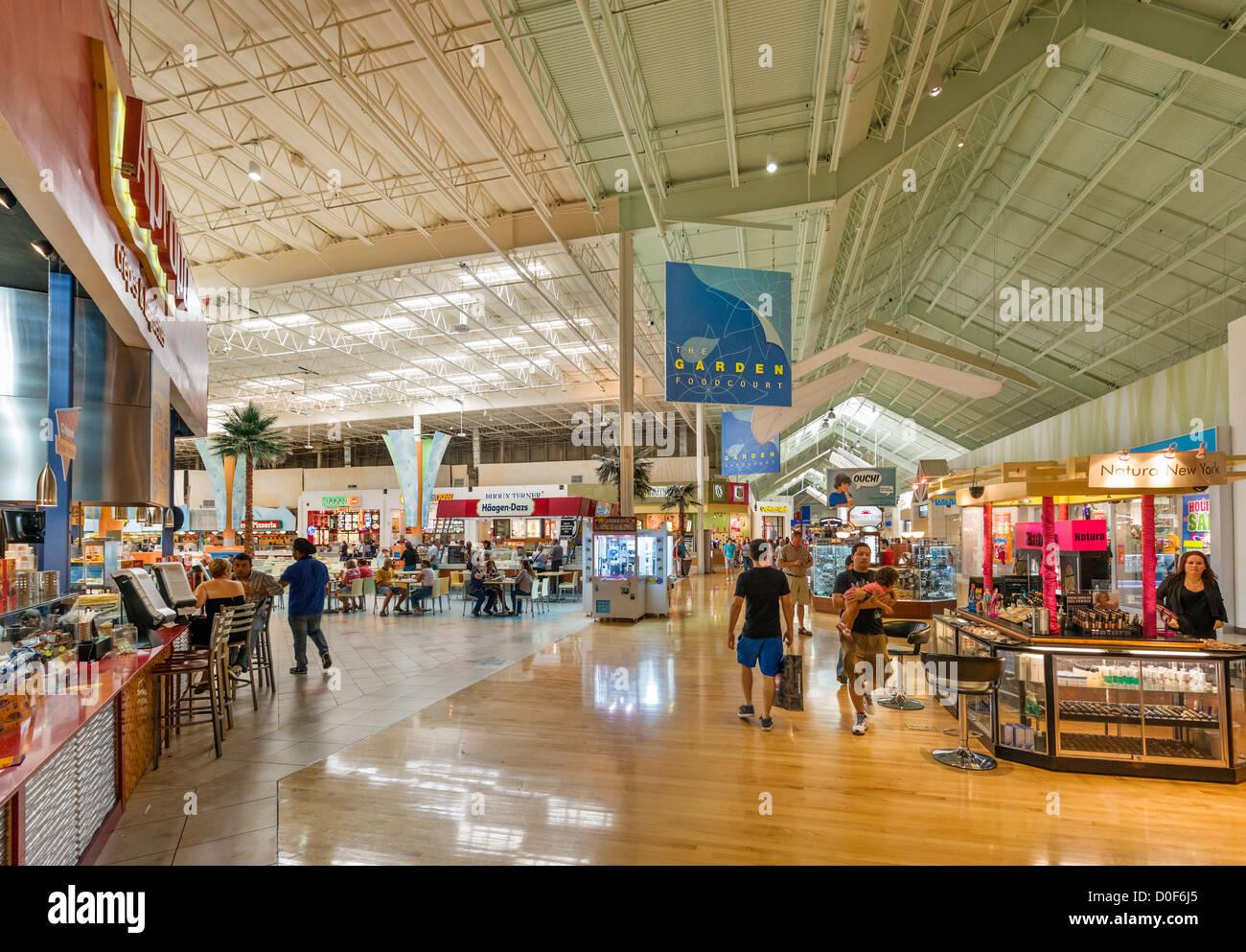 Food-Court in der Sawgrass Mills Shopping-Mall, Sonnenaufgang, Broward County, Florida, USA Stockbild