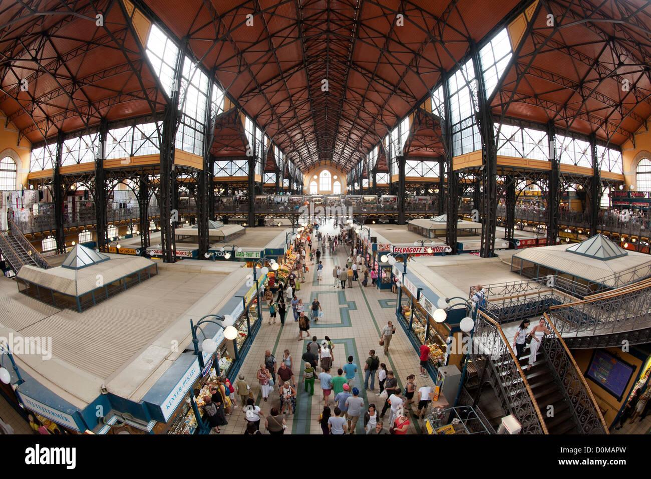 Die große Markthalle (aka zentralen Markthalle) in Budapest, die Hauptstadt von Ungarn. Stockbild