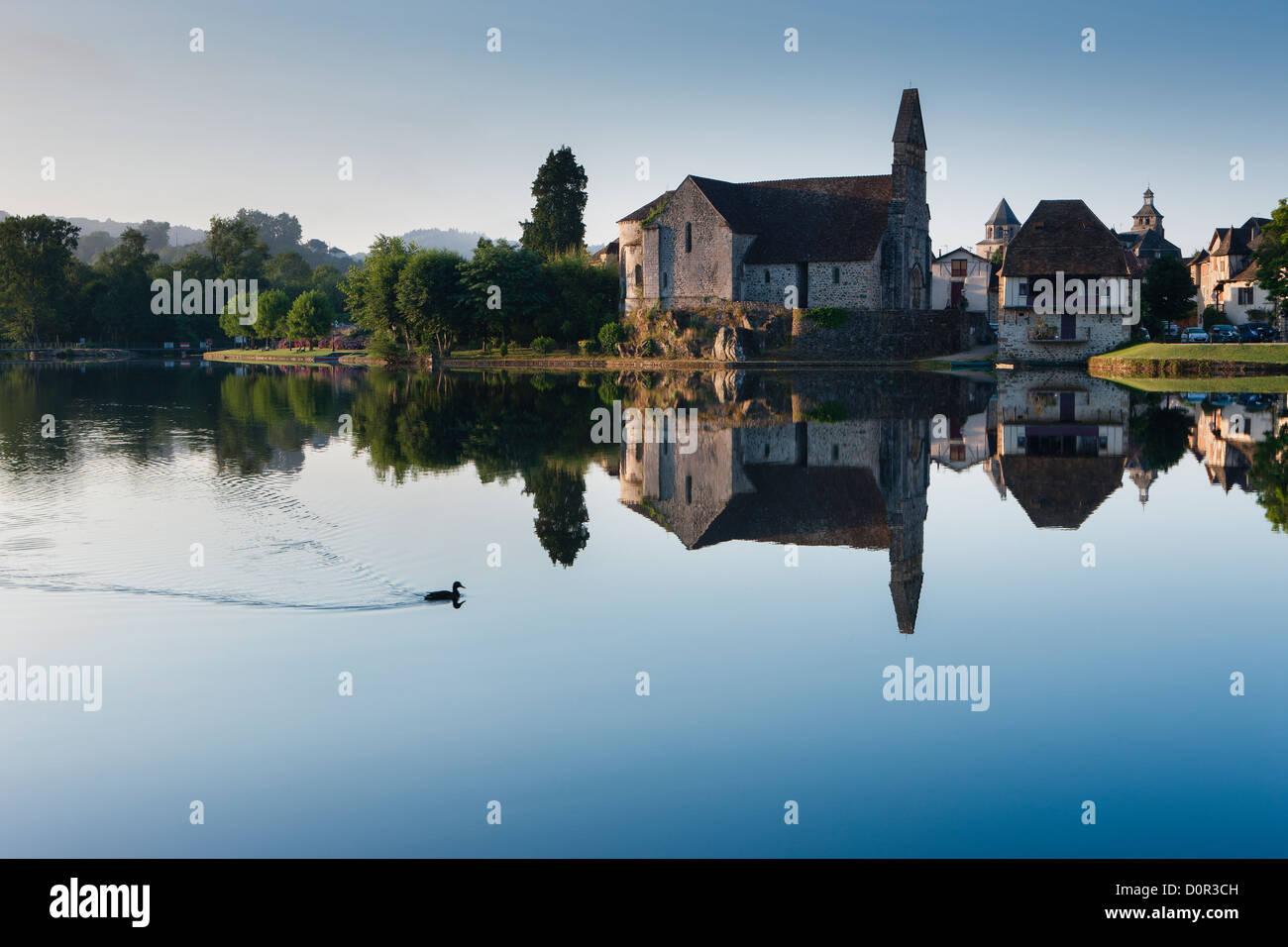 der Dordogne im Beaulieu Sur Dordogne, Corrèze, Limousin, Frankreich Stockfoto