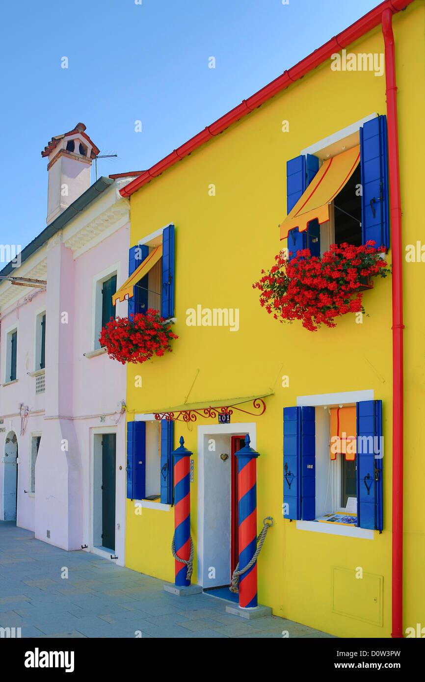 Italien, Europa, Reisen, Burano, Architektur, bunt, Farben, Tourismus, Venedig Stockbild