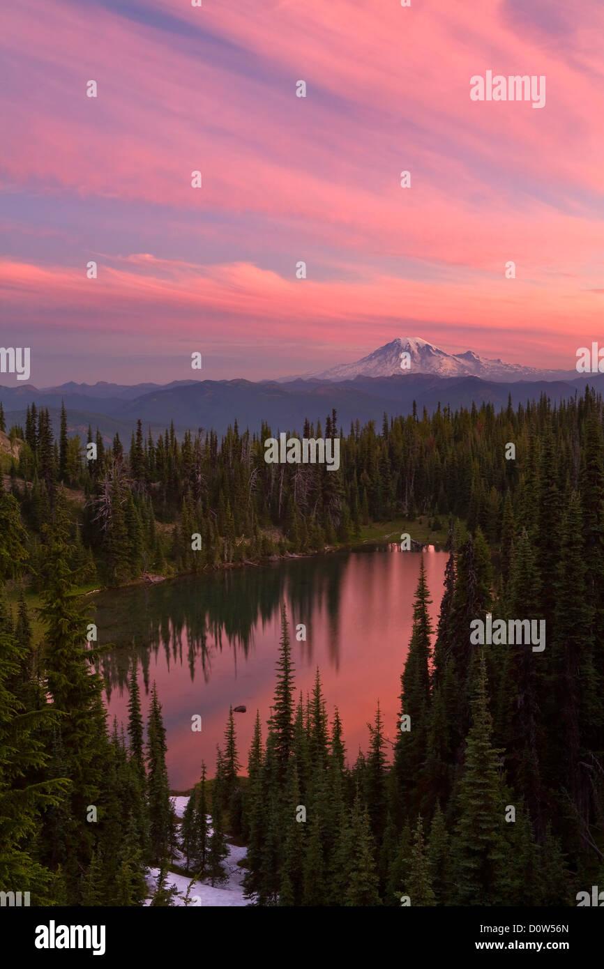 """USA, Vereinigte Staaten, Amerika, Mount Adams, Berg, Vulkanisch, Vulkan, """"Sonnenaufgang"""", Sommer, Stimmung, Stockbild"""