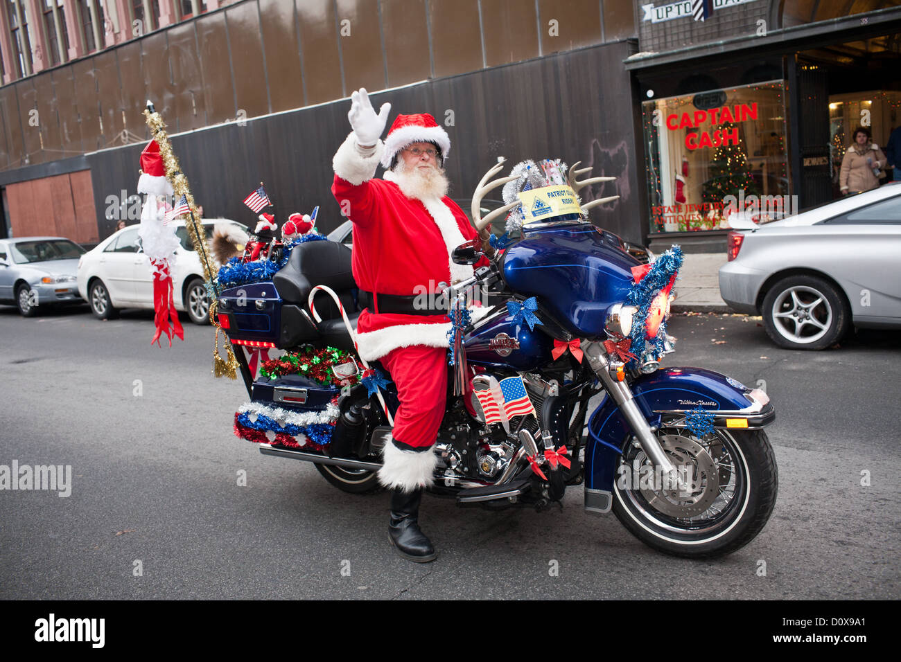 santa claus on a harley davidson stockfotos santa claus. Black Bedroom Furniture Sets. Home Design Ideas
