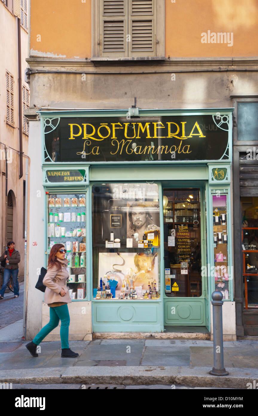 Profumeria Kosmetik-Shop Verkauf entlang der Strada della Republica Straße zentrale Parma Stadt Emilia-Romaine Stockbild