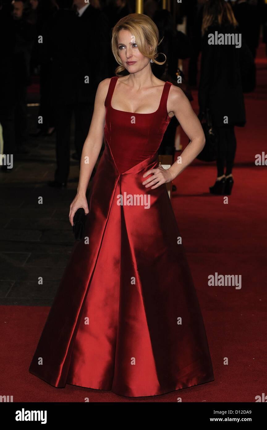 Schauspielerin Gillian Anderson besucht die Premiere von Les Misérables am 12.05.2012 am Leicester Square, Stockbild