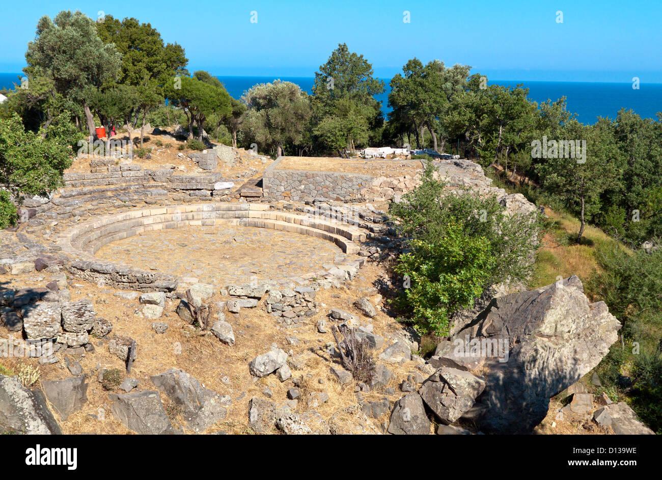 Antike hellenistische Theater am Tempel der großen Götter auf Samothraki Insel in Griechenland Stockfoto
