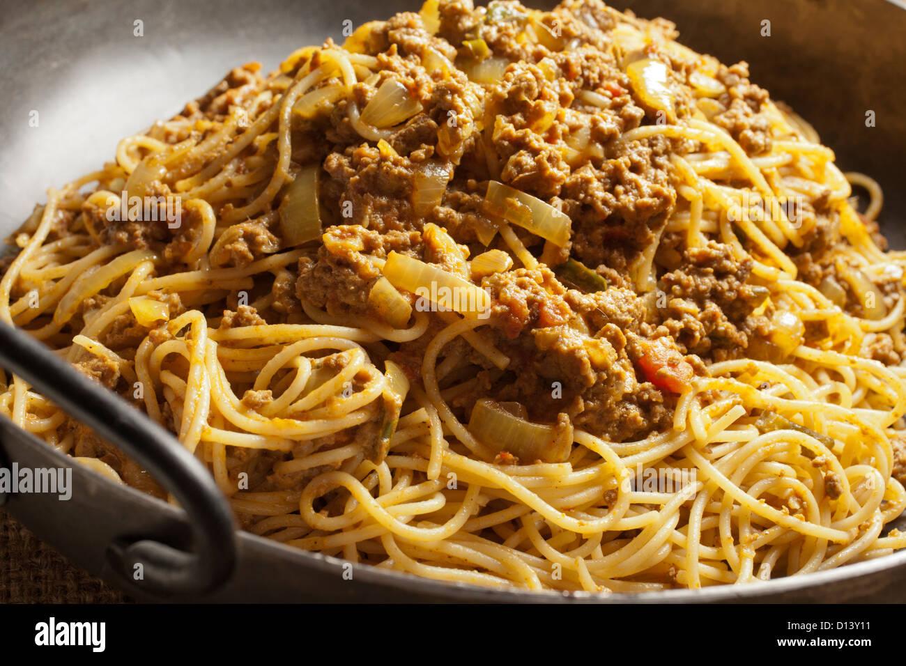 Keema Khosa, pakistanische Spaghetti mit Fleischsauce Stockbild