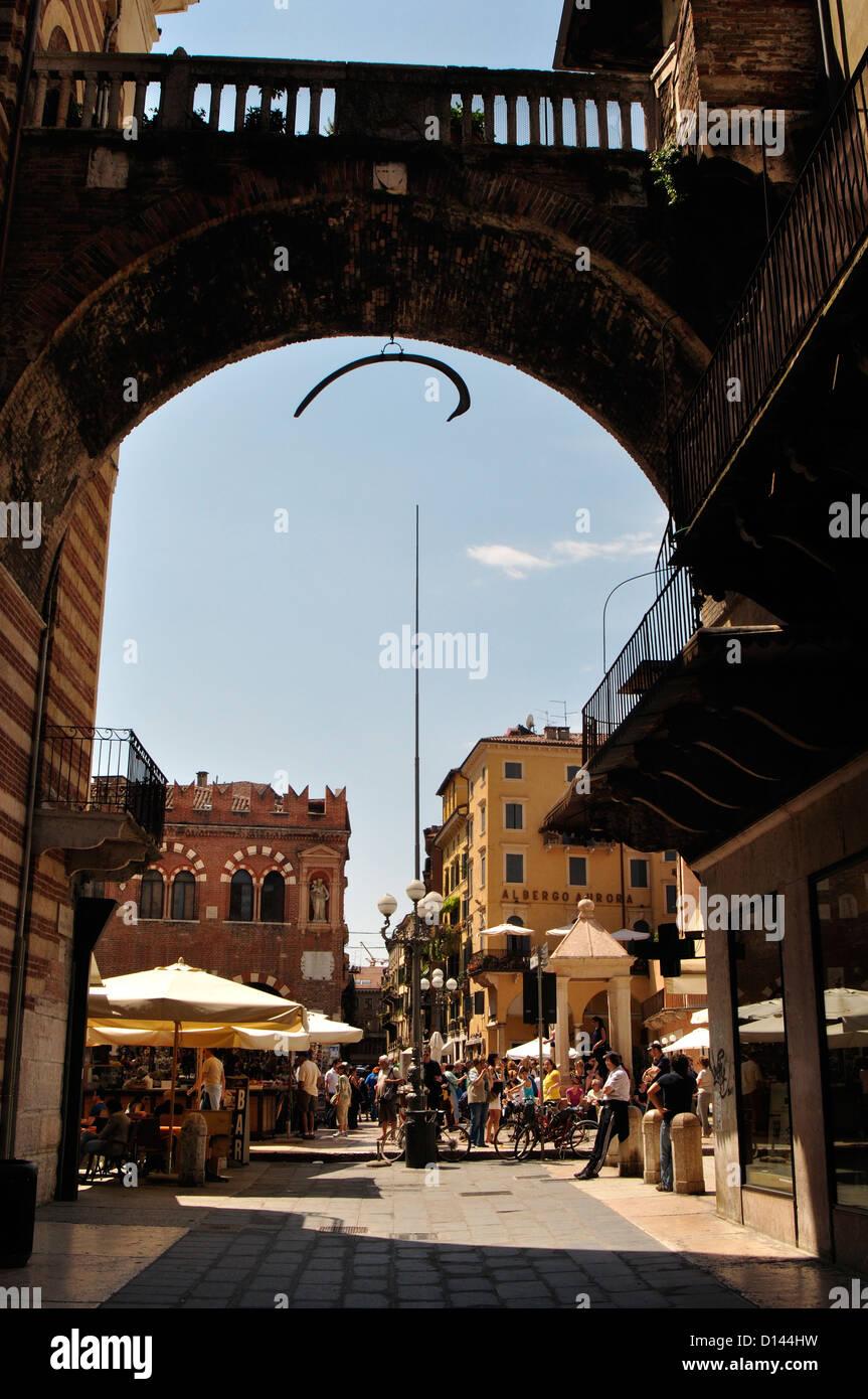 Italien, Veneto, Verona, Erbe Square Stockbild