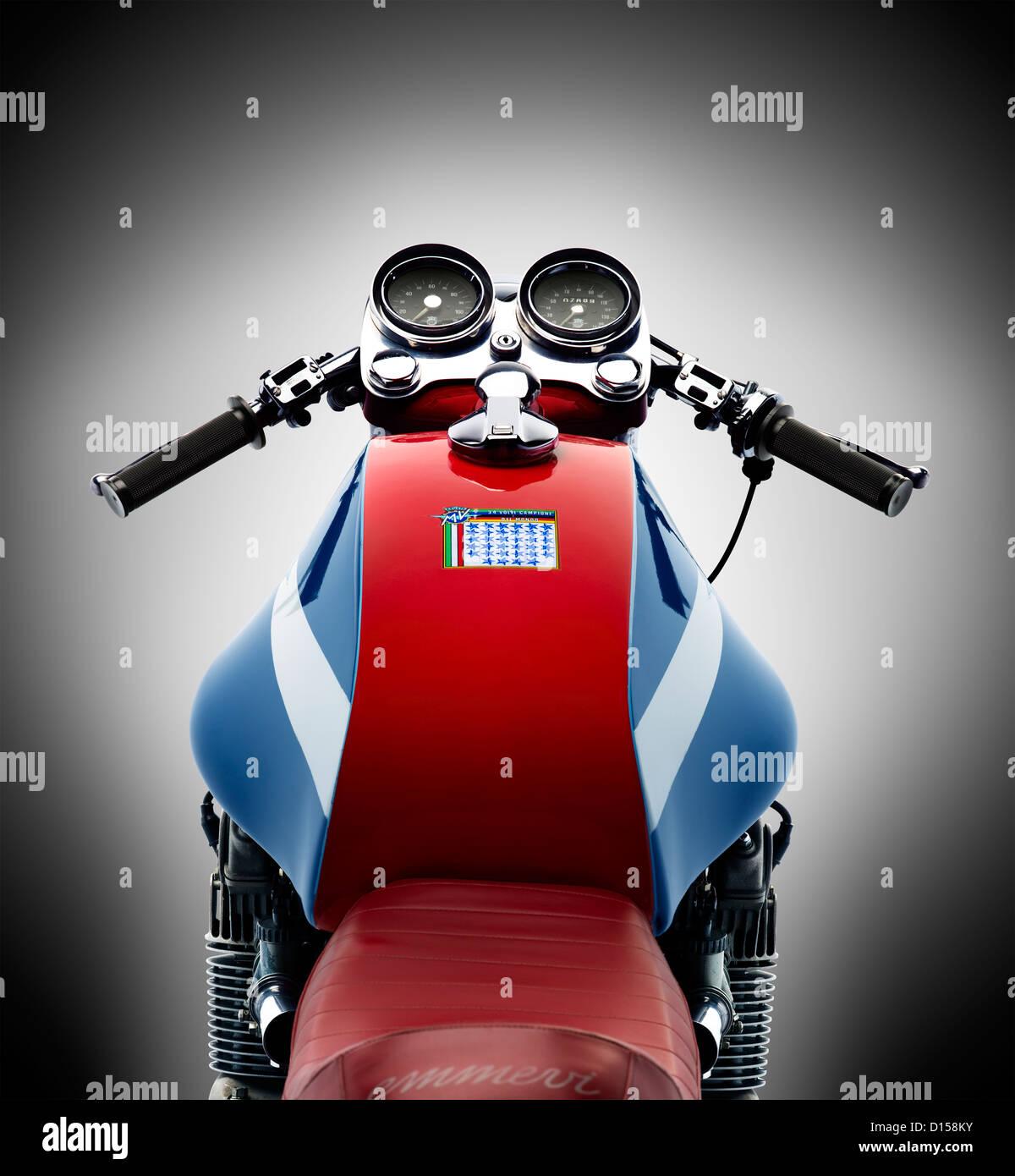 MV Agusta Motorrad isoliert auf weißem Hintergrund Stockbild