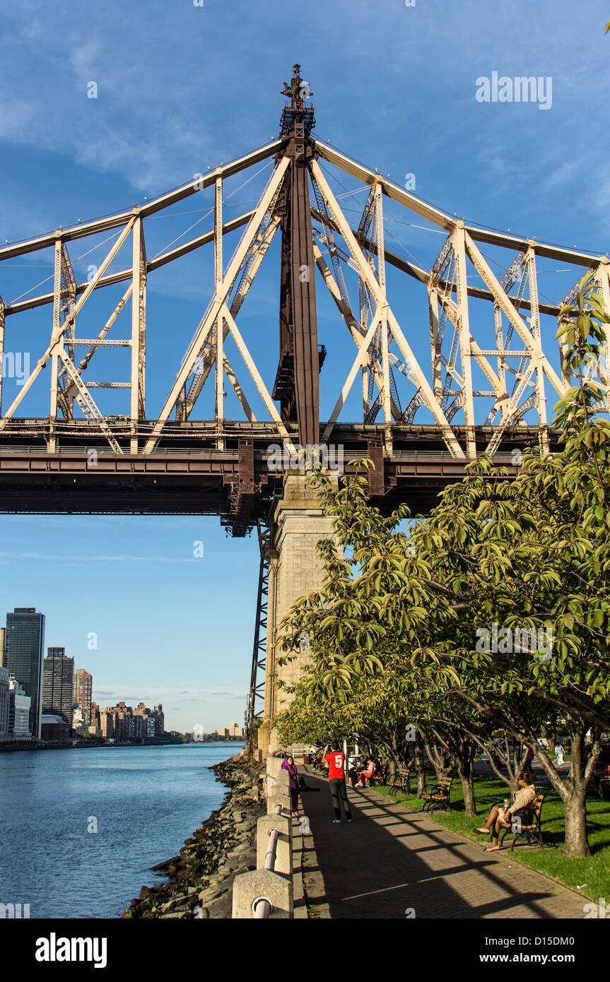 Roosevelt Island Promenade, Queensboro Bridge, New York Stockfoto