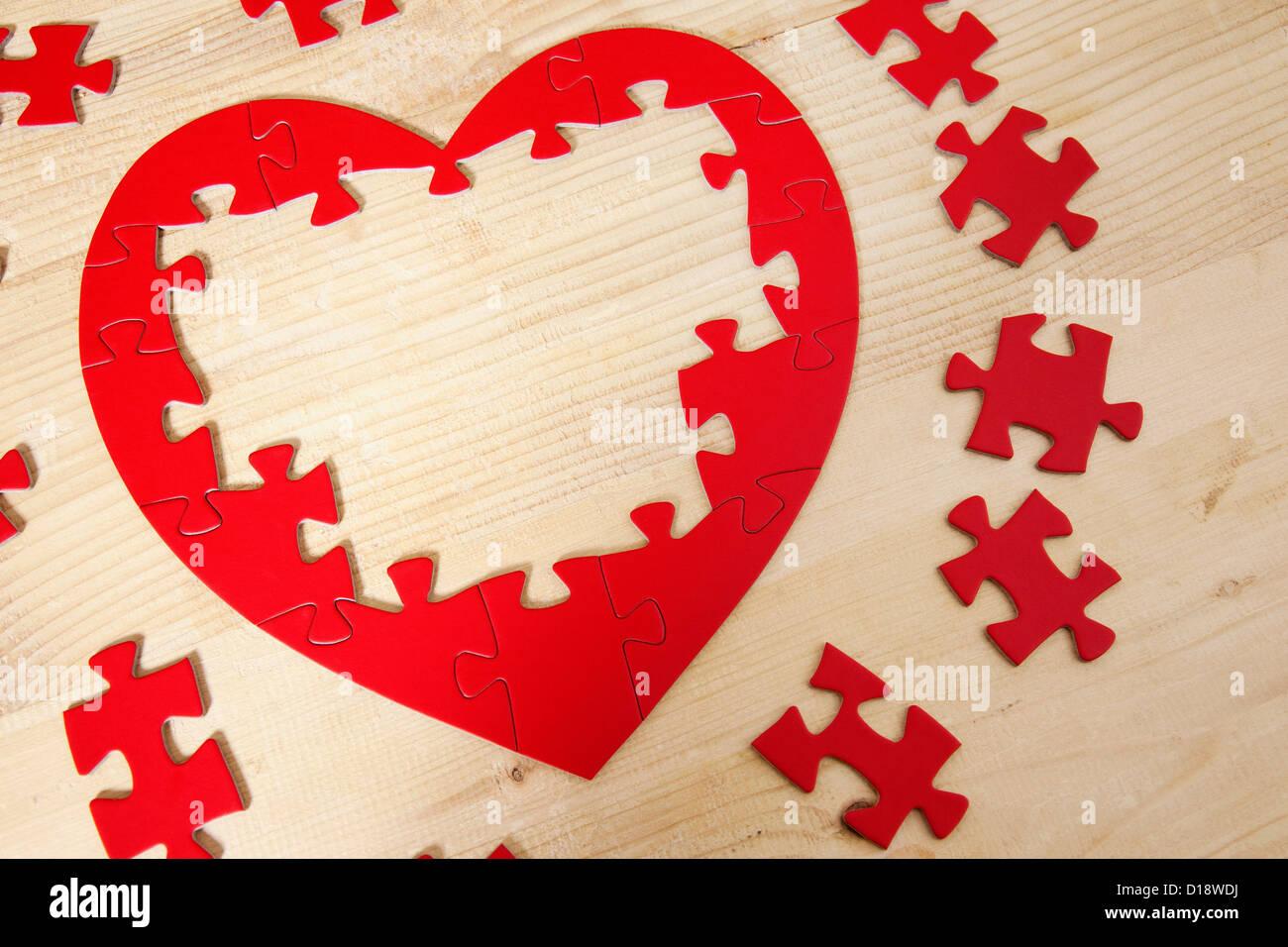 Jigsaw Puzzle in Herzform Stockfoto