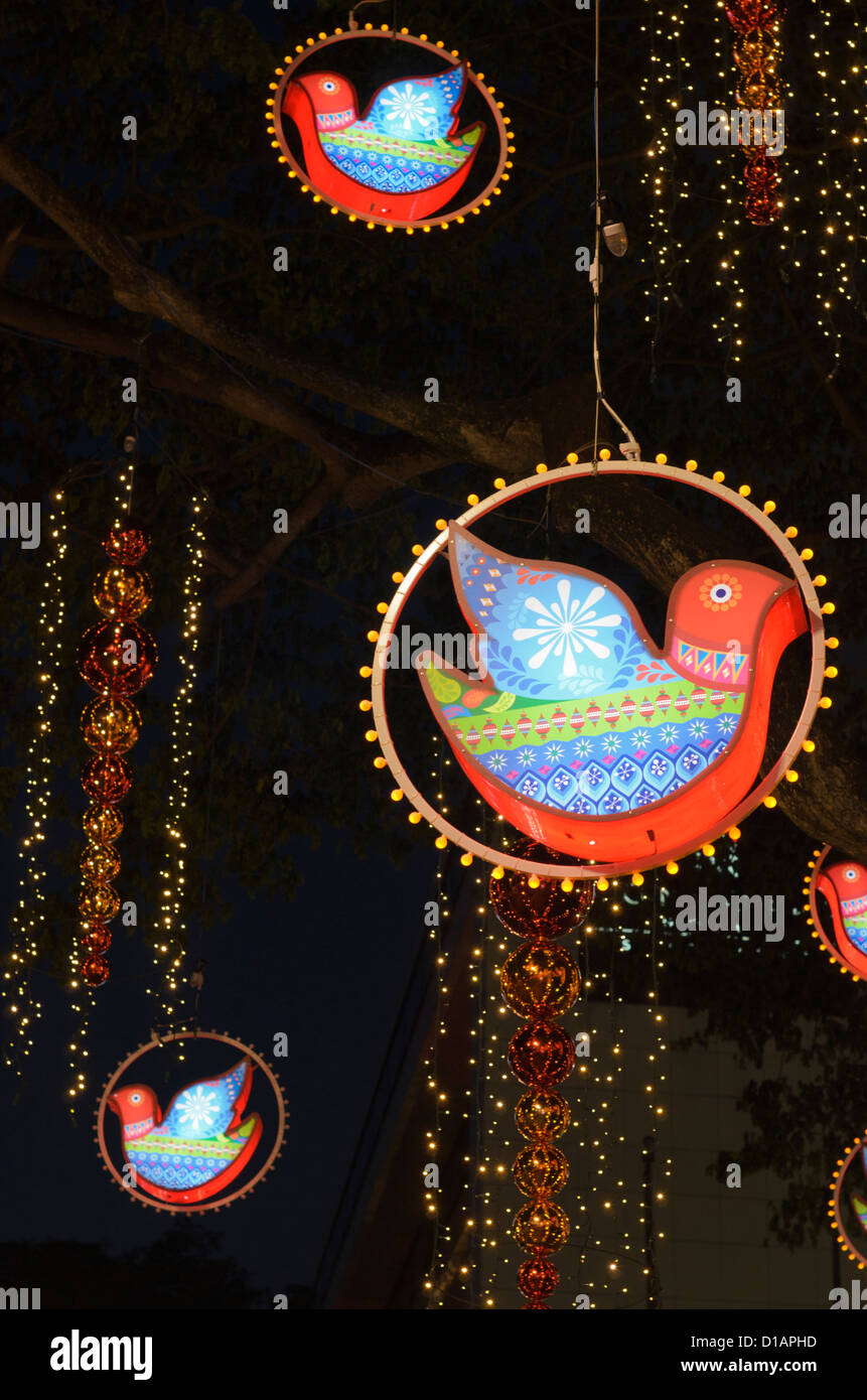 Weihnachtsdekorationen entlang der Orchard Road, Singapur Stockbild