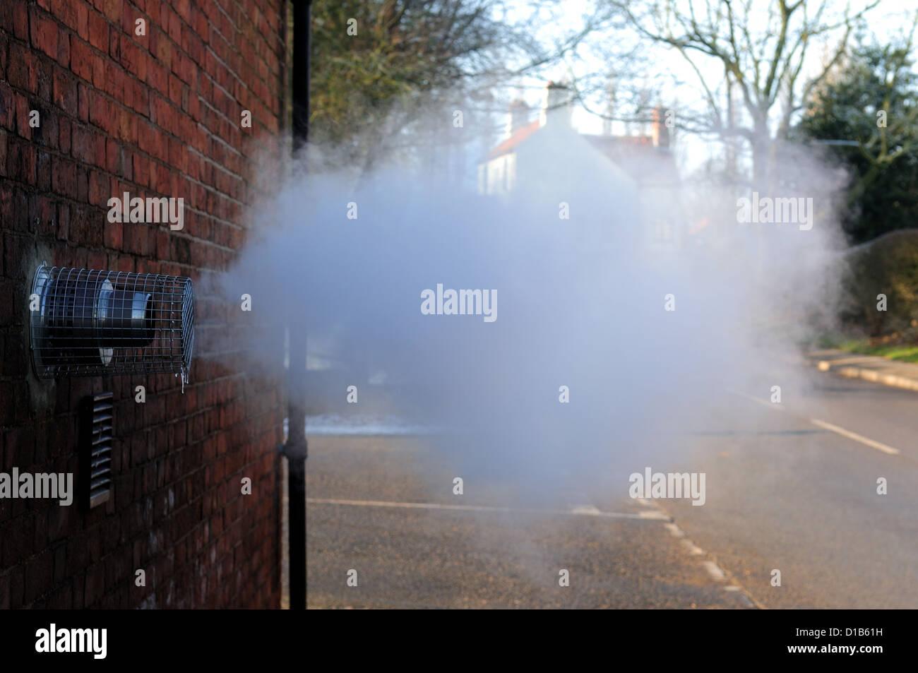 Boiler Vent Stockfotos & Boiler Vent Bilder - Alamy